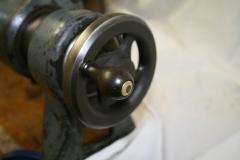 Leadscrew handle